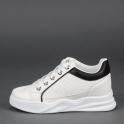 Sneakers με εσωτερικό τακούνι και χρωματιστές λεπτομέρειες
