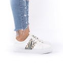 Sneakers με animal print