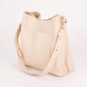 Κομψή τσάντα ώμου με μεταλλικά τρουκς