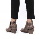 Cowboy μποτάκια με διακοσμητικό φερμουάρ