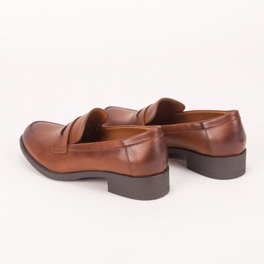 Loafers με ενισχυμένη σόλα