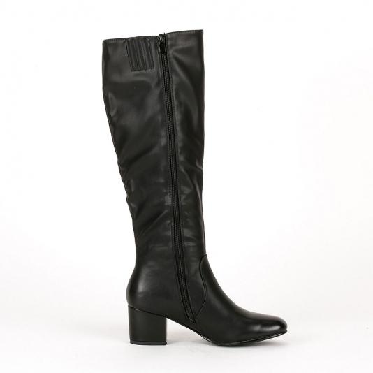 Μπότες με τετράγωνο τακούνι
