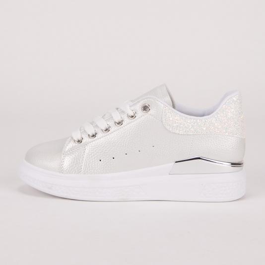 Sneakers με glitter στο πίσω μέρος