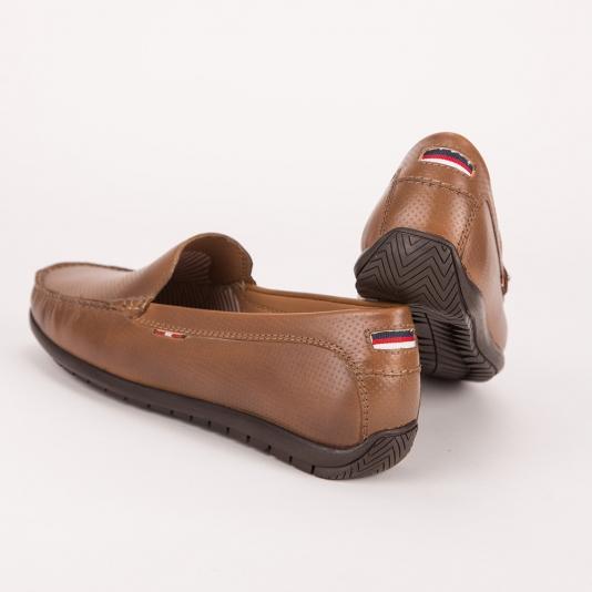 Δερμάτινα καφέ loafers S&G