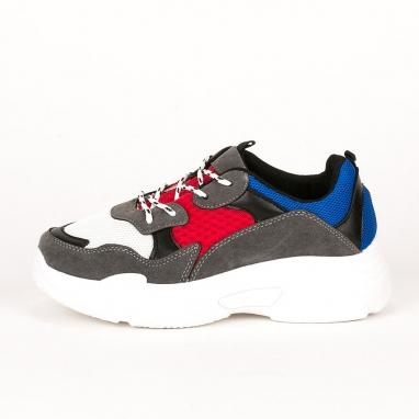Sneakers με χοντρή σόλα