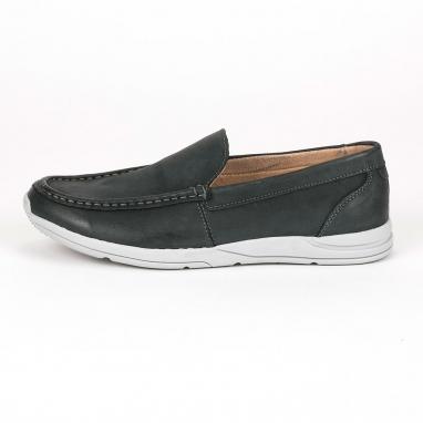 Δερμάτινα loafers με μοντέρνα σόλα