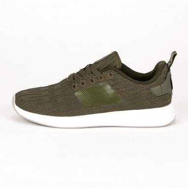 Πράσινα αθλητικά παπούτσια