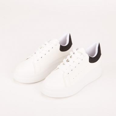 Δίσολα sneakers με συνδυασμό χρωμάτων
